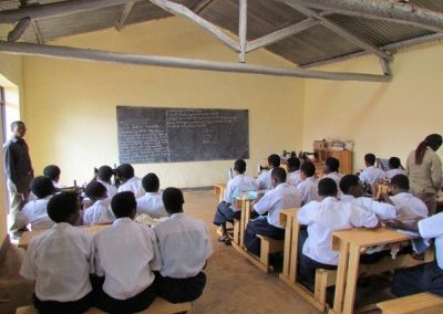 MAD4Africa-Classrooms-400x315